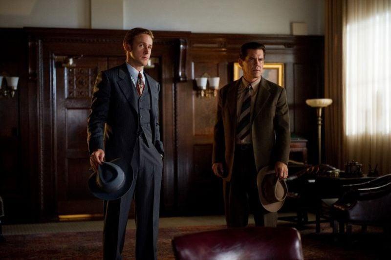 Gangster Squad: Ryan Gosling e Josh Brolin in un'immagine del film