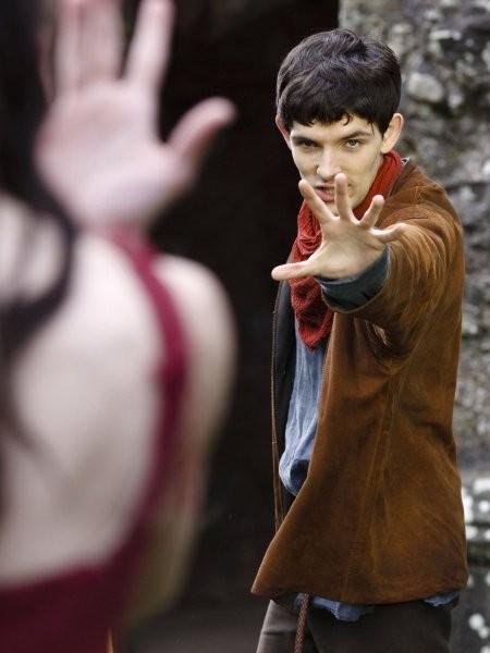 Merlin: Colin Morgan in un momento dell'episodio La morte di Artù, della prima stagione