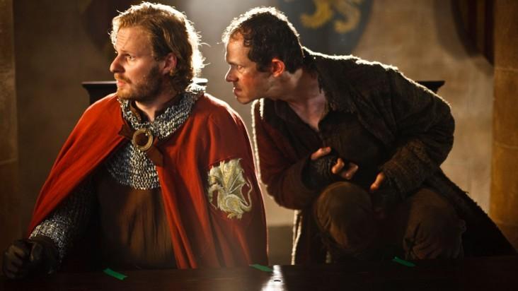 Merlin: Adam Godley e Rupert Young in una scena dell'episodio La bella e la bestia: Parte 2, della seconda stagione