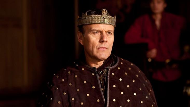 Merlin: Anthony Head in una scena dell'episodio La dama del lago, della seconda stagione