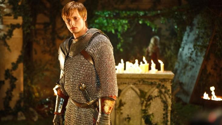 Merlin: Bradley James in una scena dell'episodio I peccati del padre, della seconda stagione