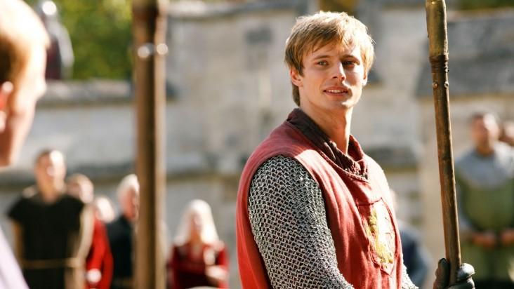 Merlin: Bradley James in una scena dell'episodio Sogni dolci, della seconda stagione