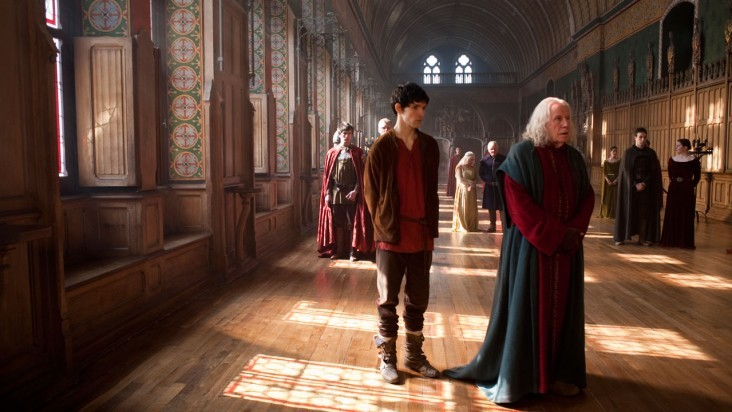 Merlin: Colin Morgan e Richard Wilson in una scena dell'episodio Il cacciatore di streghe della seconda stagione