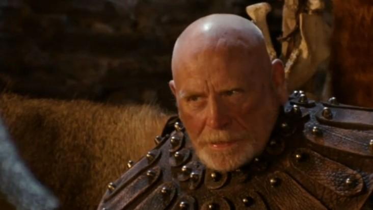 Merlin: James Cosmo in una scena dell'episodio Lancillotto e Ginevra della seconda stagione