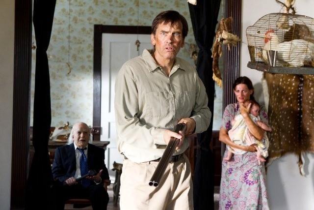 Non aprite quella porta 3D: John Dugan, Bill Moseley e Dodie Brown in una scena