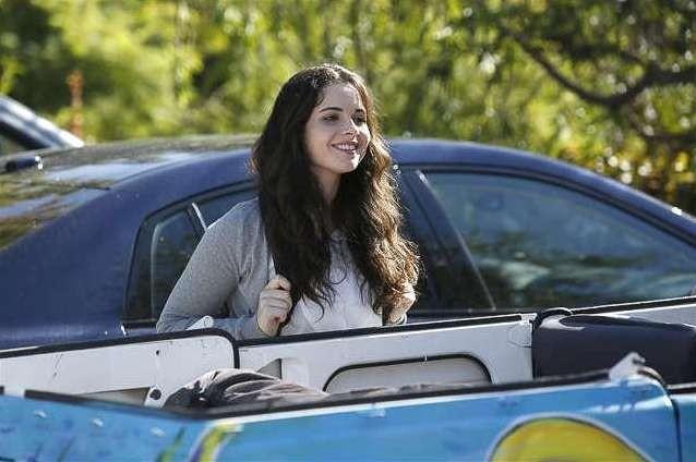 Switched at Birth; Vanessa Marano nell'episodio The Door to Freedom, della seconda stagione