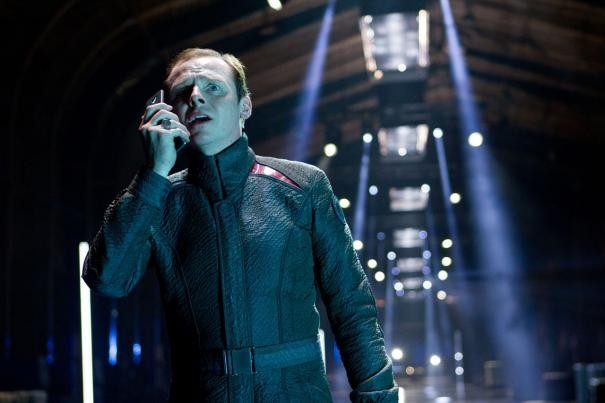 Un primo piano di Simon Pegg in Star Trek Into Darkness