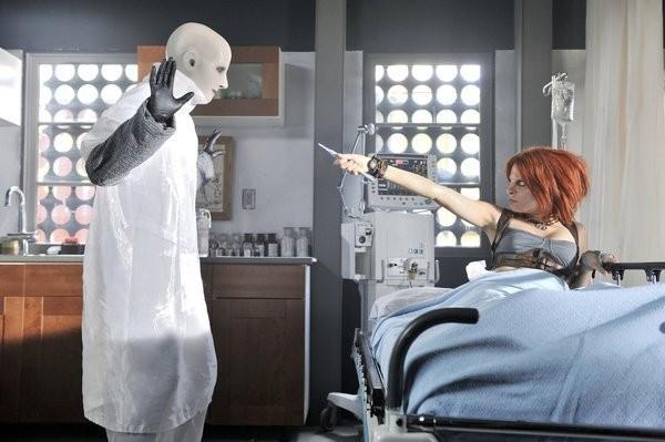 Defiance: Stephanie Leonidas nel pilot della serie