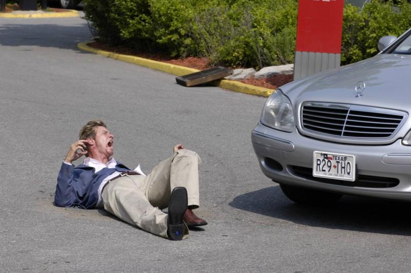 Tradimento fatale: Brett Cullen nella scena dell'omicidio di David Harris