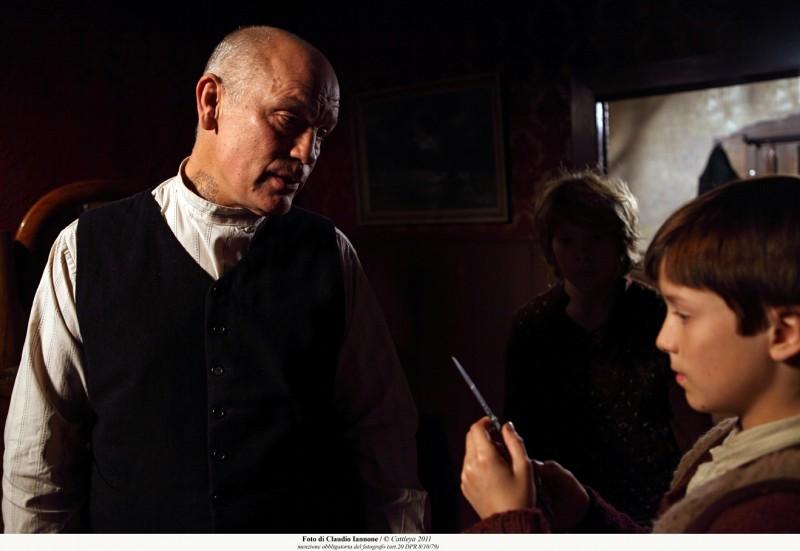 Educazione Siberiana: John Malkovich in una immagine del film