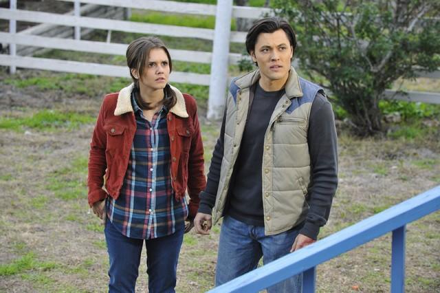 The Lying Game: Blair Redford e Alexandra Chando in una scena dell'episodio Reservation For Two