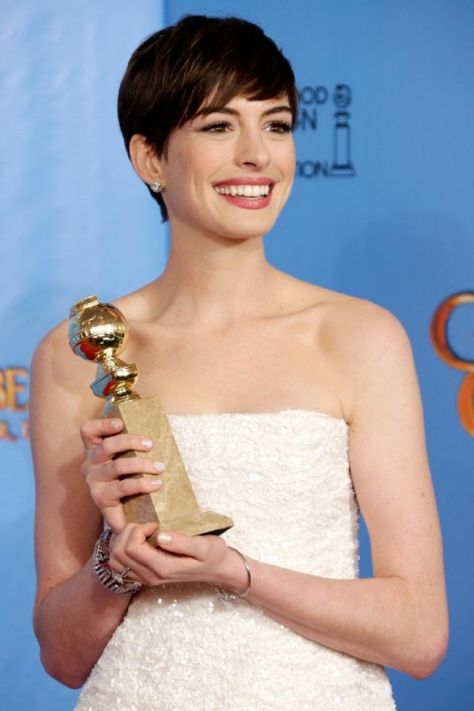 Anne Hathaway vince il Golden Globes 2013 come attrice non protagonista per Les Misérables