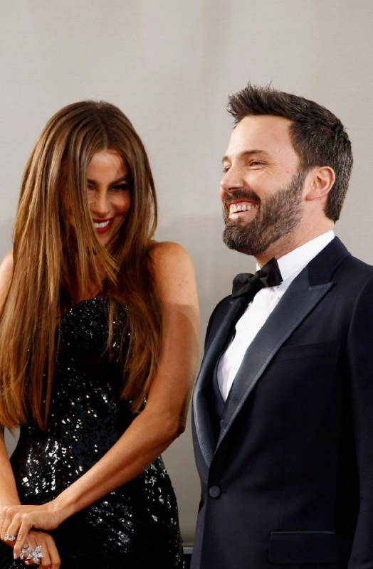 Ben Affleck e Sofía Vergara sul red carpet dei Golden Globes 2013