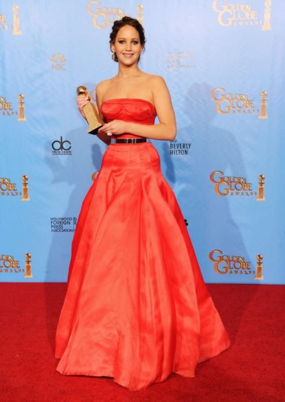 Jennifer Lawrence vince il Golden Globes 2013 come attrice protagonista per Il lato positivo