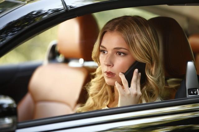 Revenge: Emily VanCamp nell'episodio Resurrection della seconda stagione della serie