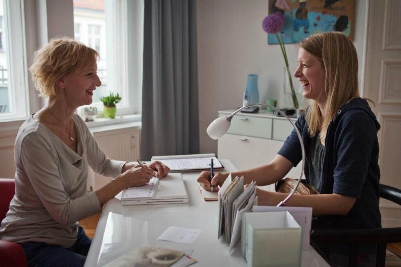 Stephanie Stremler e Susanne Lothar sono madre e figlia in Staub auf unseren Herzen