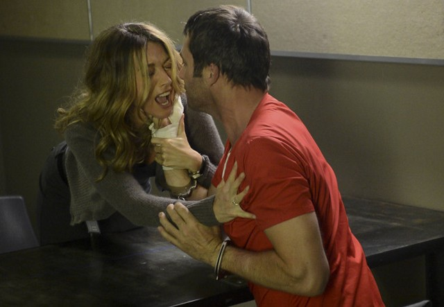 The Following: Natalie Zea e James Purefoy nell'episodio Chapter Two