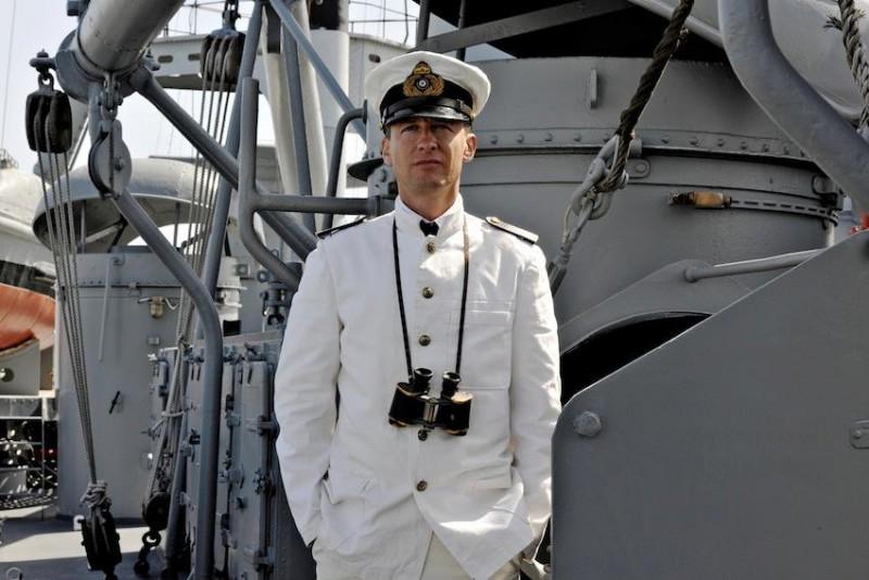 Jan Henrik Stahlberg interpreta Friedrich von Schulau nel film Die Männer der Emden