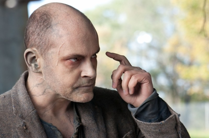 Warm Bodies: Rob Corddry in una sequenza