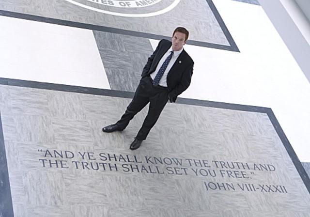 Damian Lewis in una scena della premiere della seconda stagione di Homeland intitolata The Smile
