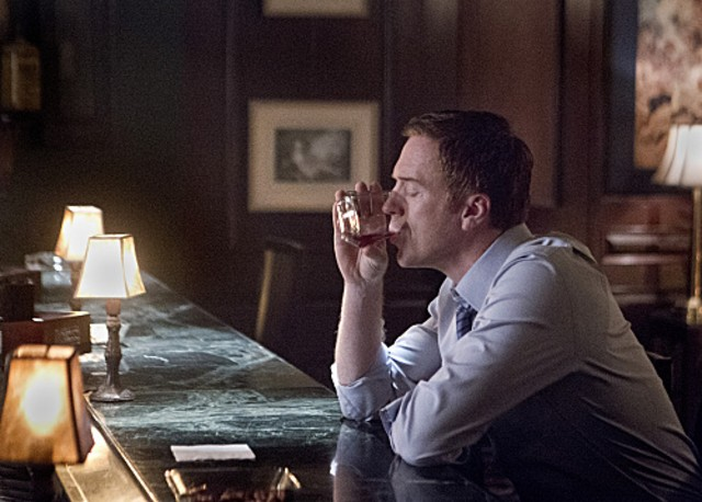 Homeland: Damian Lewis nell'episodio New Car Smell