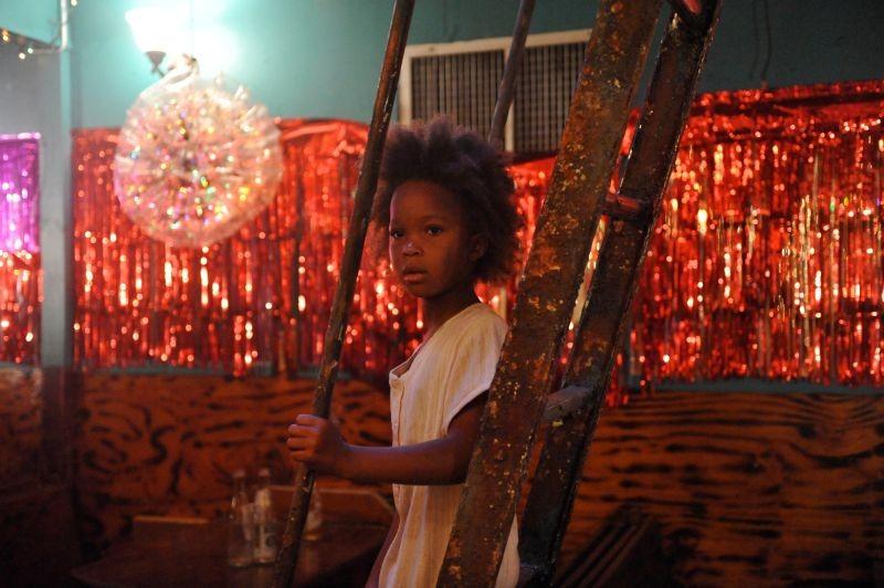 Re della terra selvaggia: la giovane Quvenzhané Wallis in un momento del film