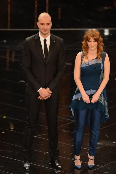 Sanremo 2013: Chiara Galiazzo con il suo 'proclamatore' Stefano Tempesti durante la prima serata