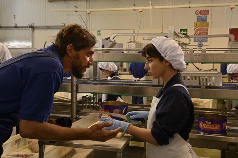 Amiche da morire: Corrado Fortuna e Sabrina Impacciatore in un'immagine del film