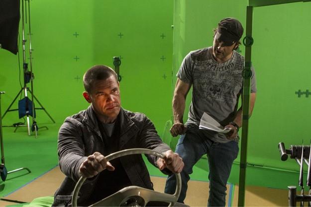 Sin City - Una donna per cui uccidere: Josh Brolin e Robert Rodriguez sul set davanti al green screen