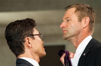 Attacco al potere - Olympus Has Fallen: Aaron Eckhart affronta il suo nemico e rapitore Rick Yune
