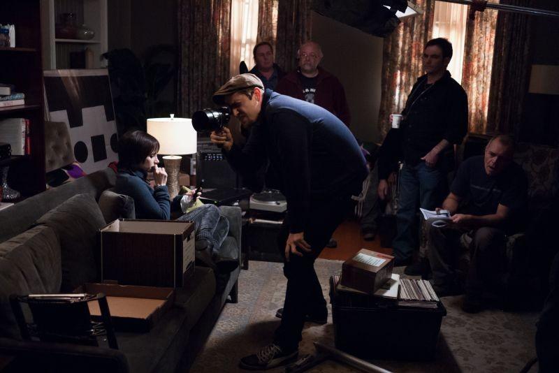 La madre: Jessica Chastain sul set con il regista Andrés Muschietti