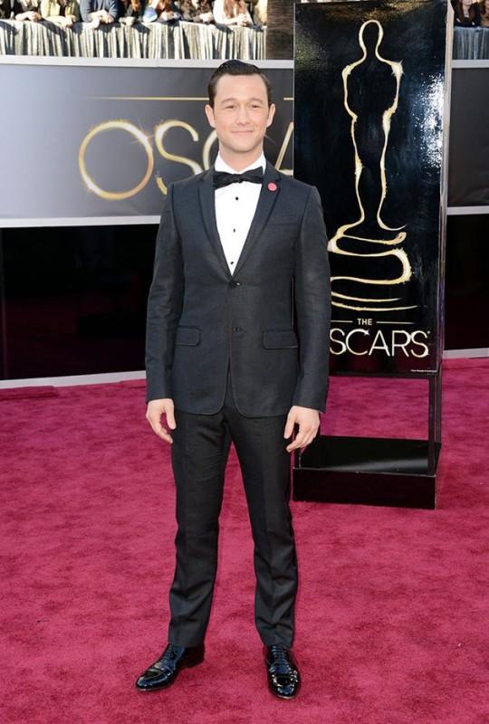 Oscar 2013: Joseph Gordon-Levitt sul red carpet