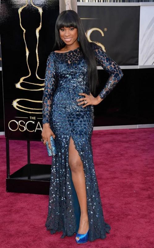 Oscar 2013: la bella  Jennifer Hudson sul red carpet