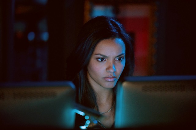 Cult: Jessica Lucas in una scena dell'episodio You're Next