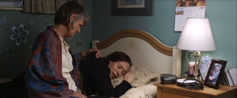 All You Can Dream: Hali Mason e Laural Merlington in una scena