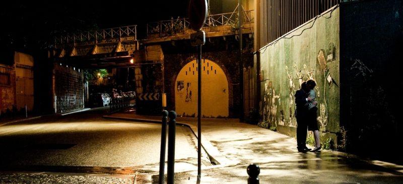 L'amore inatteso: Eric Caravaca e Arly Jover in una scena