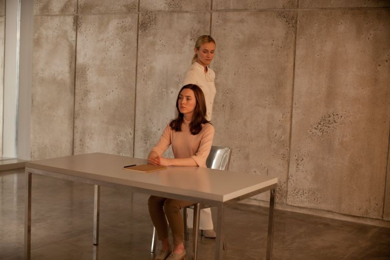 Diane Kruger e Saoirse Ronan nel fantascientifico The Host