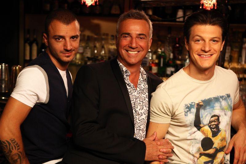 Nicolas Vaporidis, Massimo Ghini e Andrea Bosca in una foto promozionale di Outing - Fidanzati per sbaglio