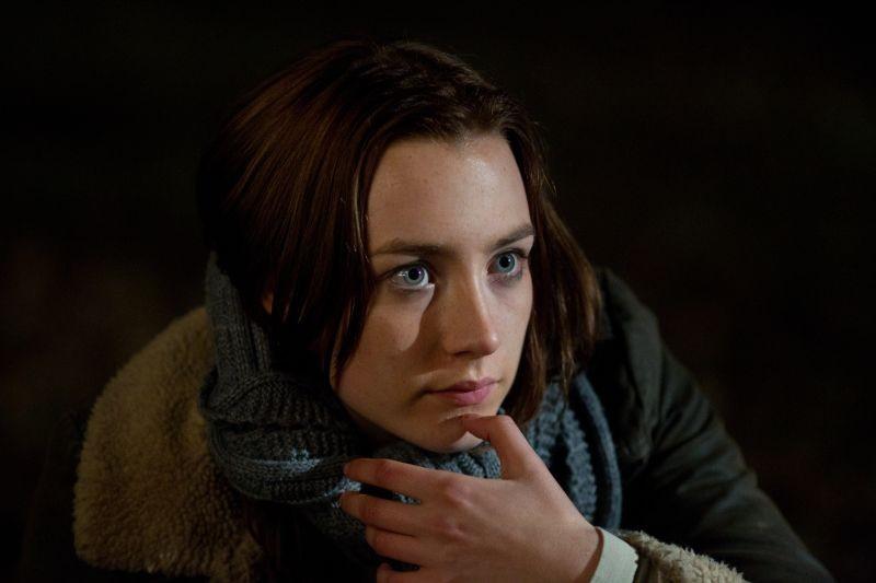 Saoirse Ronan in una scena del fantascientifico The Host nei panni di Melanie