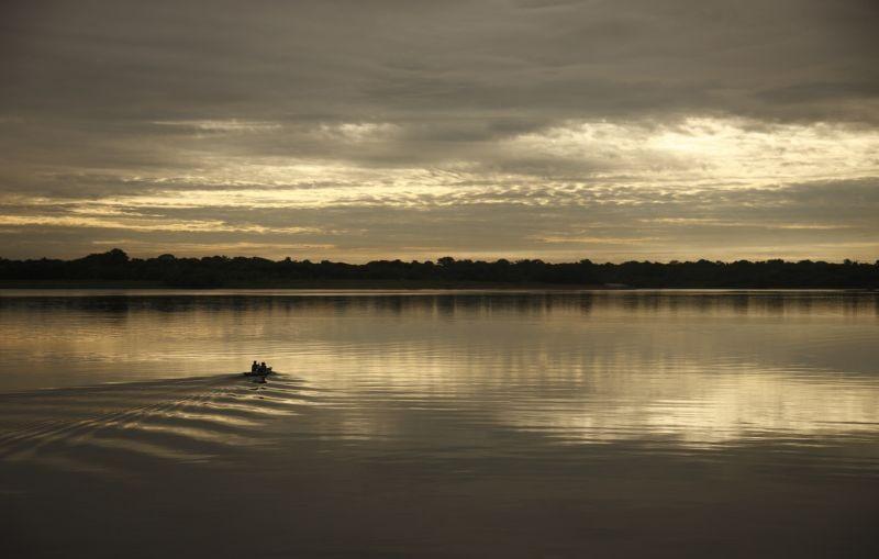 Un giorno devi andare: un suggestivo tramonto amazzonico tratto dal film