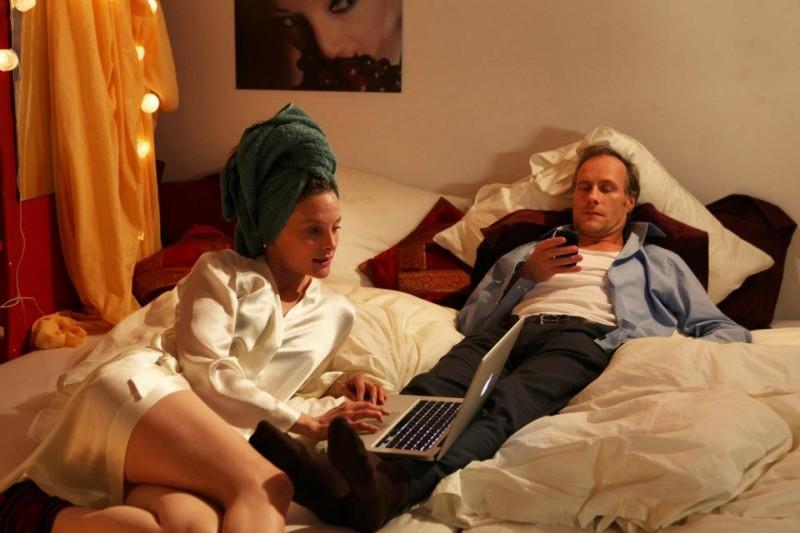 Die feinen Unterschiede: Anne Ratte-Polle e Wolfram Koch in una scena
