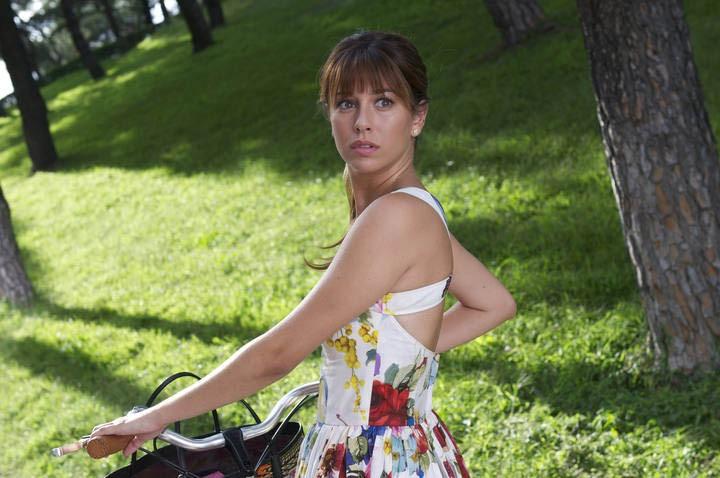 Gli amanti passeggeri: la bellissima Blanca Suarez in una scena
