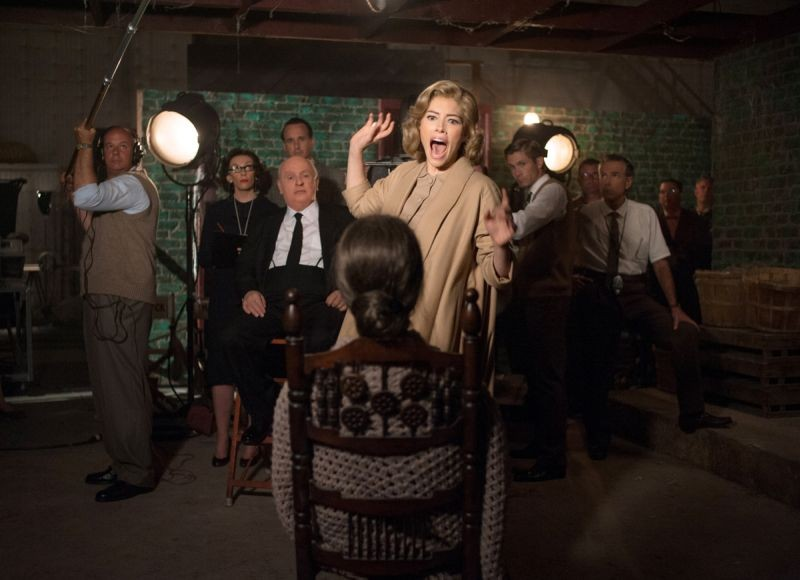Anthony Hopkins e Jessica Biel in una scena di Hitchcock