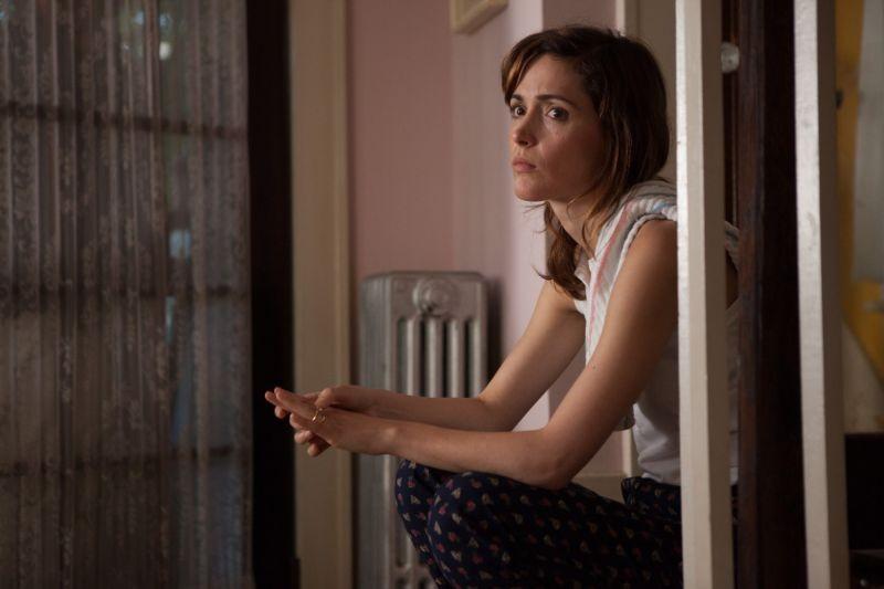 Rose Byrne in un'intensa scena del film Come un tuono