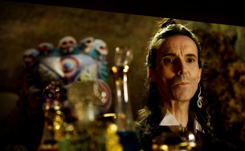 Tulpa: Nuot Arquint in un'immagine tratta dal film