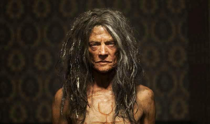 Le streghe di Salem: Meg Foster in versione strega di Salem in una scena del film