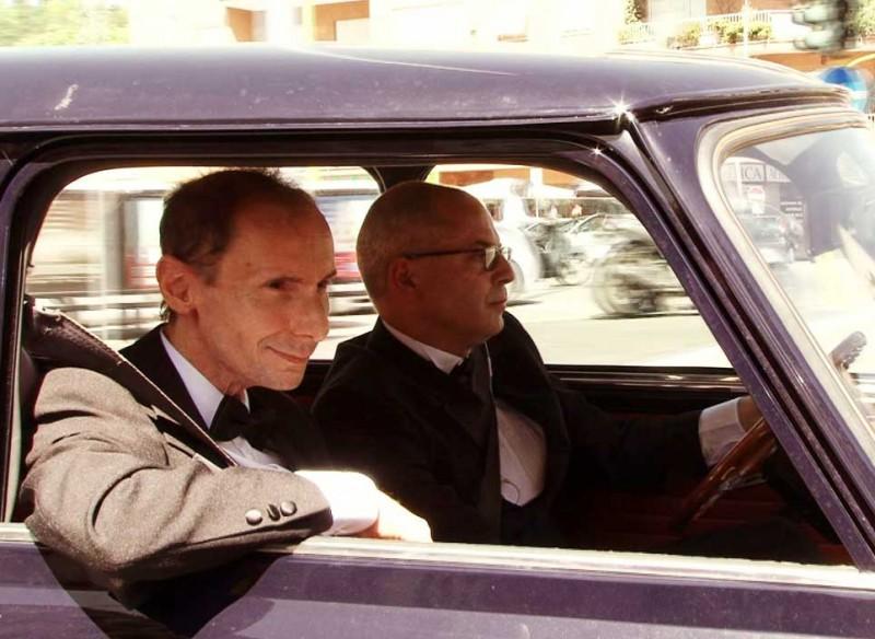 Noi non siamo come James Bond: Mario Balsamo e Guido Gabrielli in una scena