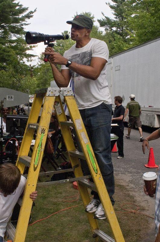 House at the End of the Street: il regista del film Mark Tonderai sul set