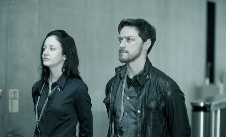 James McAvoy e Andrea Riseborough nel film Welcome to the Punch