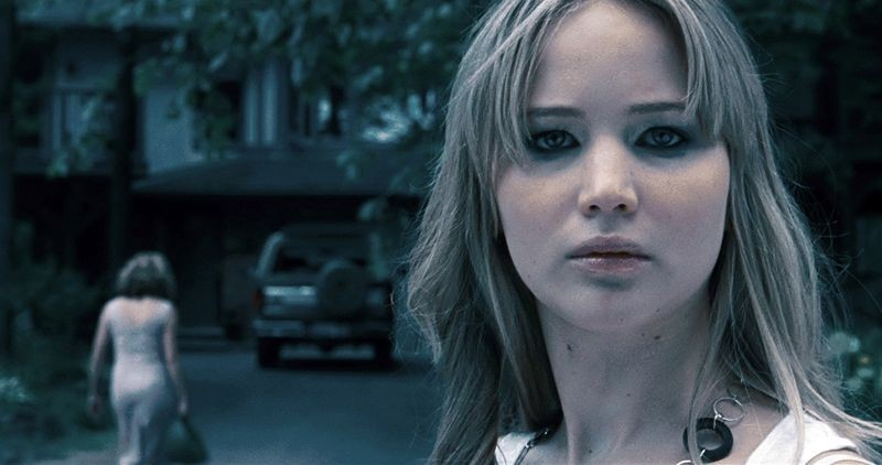 Jennifer Lawrence in un primo piano tratto dal film House at the End of the Street